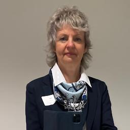 Susann ittig leiterin spezialberatung baufinanzierung for Deutsche bank nurnberg