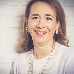 Prof. Dr. Heike Schiebeck - IUBH International University of Applied Sciences - München