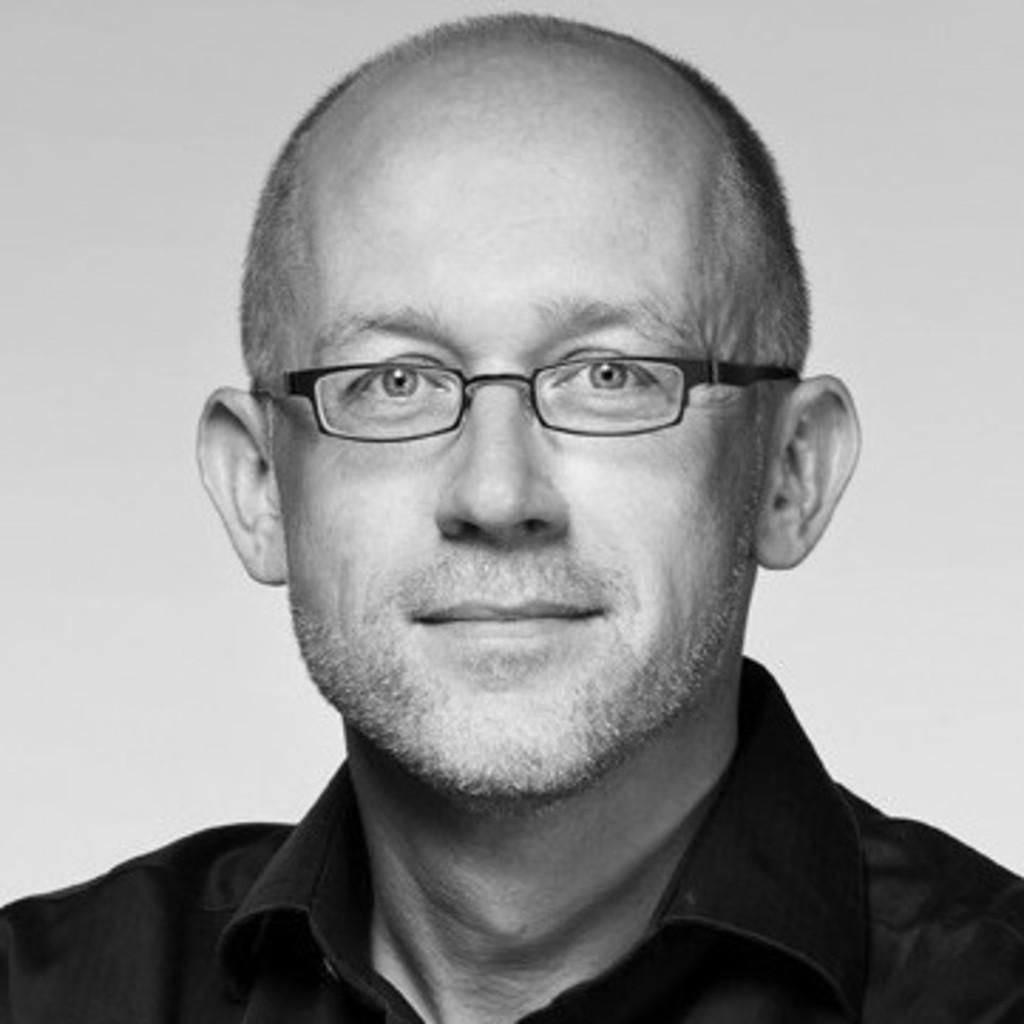 Bernd r ssler dozent staatl fachschule f r for Trainee produktdesign
