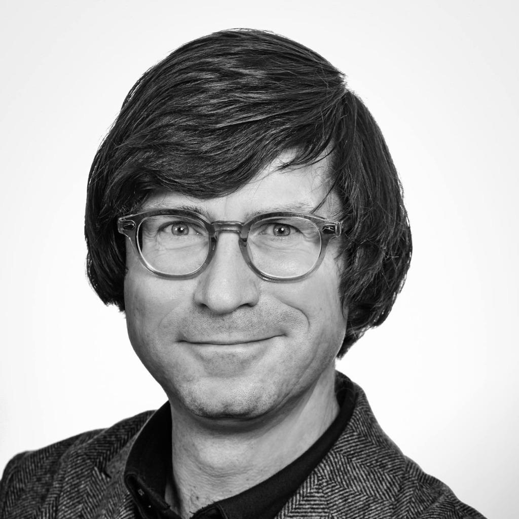 Jochen Schweizer ähnlich
