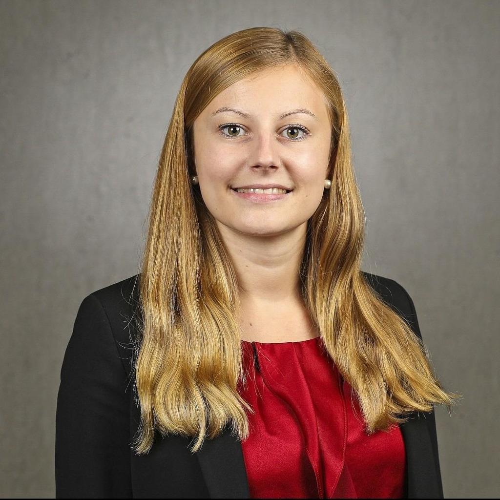 Ann-Christin Geese - Referentin Office_neo - Finanz