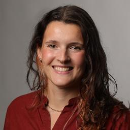 Julia Barz's profile picture