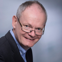 Dr. Jörg W. Höwer