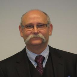 Dr. Helmut Hüser