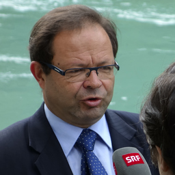 Dr. Josef Hess