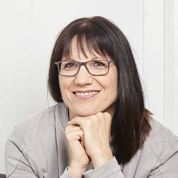 Dr. Evelyn Popp-Hadalin
