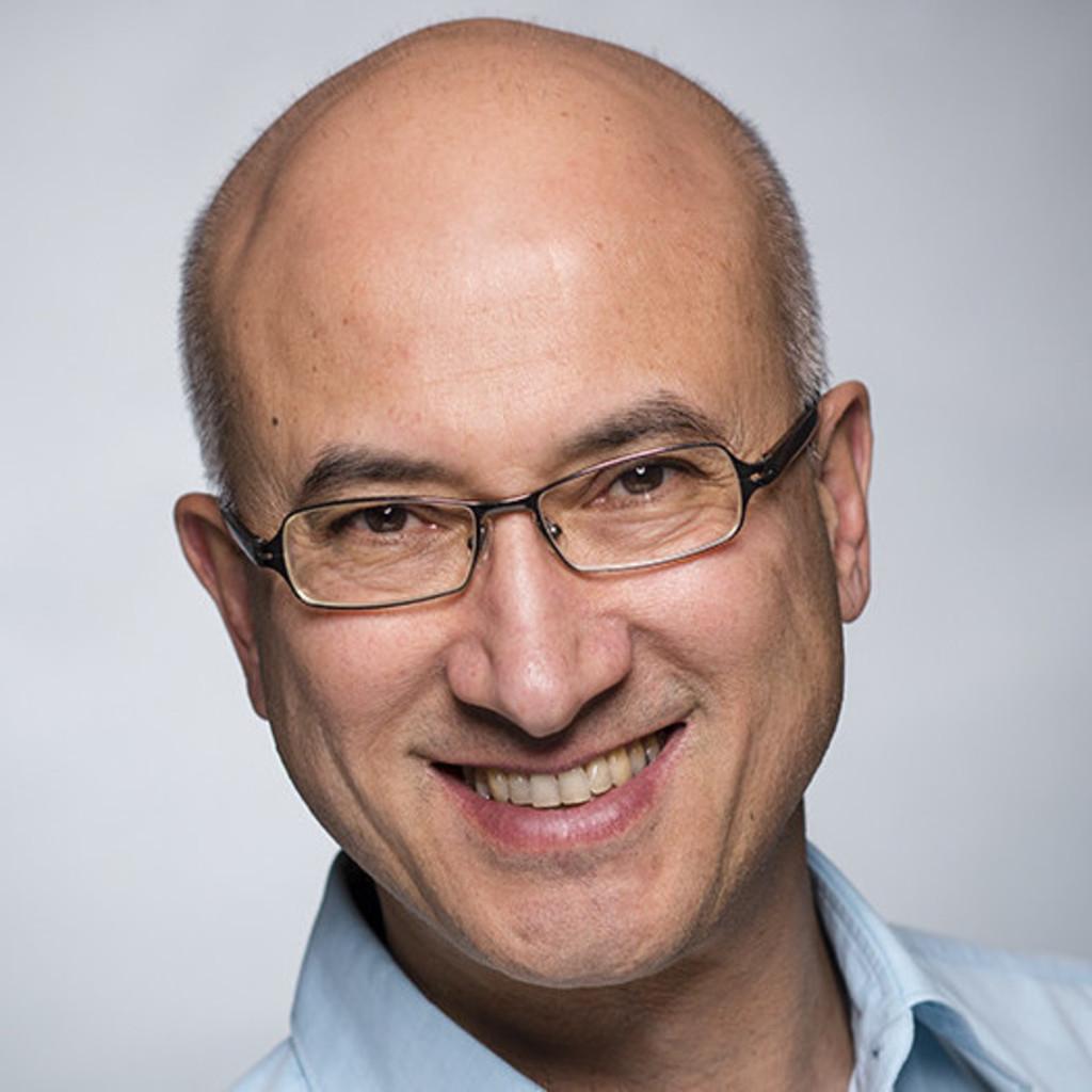 Martin frischknecht stellvertretender abteilungsleiter for Juristischer mitarbeiter