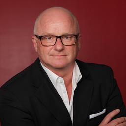 Klaus Schneider - PECON Personalberatung - Professional executive search seit 1991 - - München  -  Bayreuth -- Düsseldorf  --