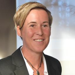 Prof. Dr. Nadine Guhr