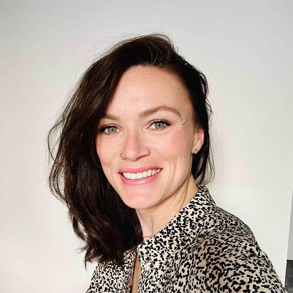 Anne-Ellen Weiser - Shopper Insights Manager - CCEP Deutschland GmbH ...