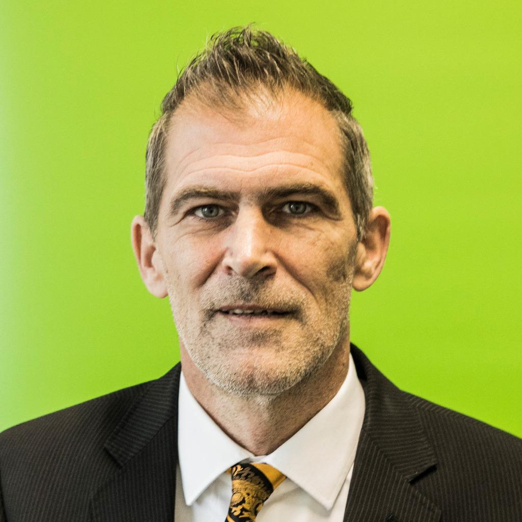 Matthias Fuchs Regionalgeschaftsfuhrer Barmer Xing
