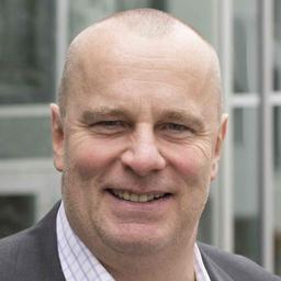 Dr. Ralf Strauss