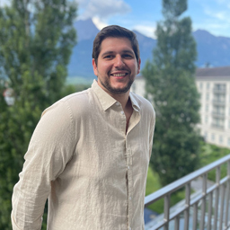 Alp Akduman's profile picture