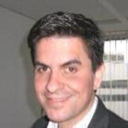 Dr. Manuel Zalles-Reiber - basic AG - München