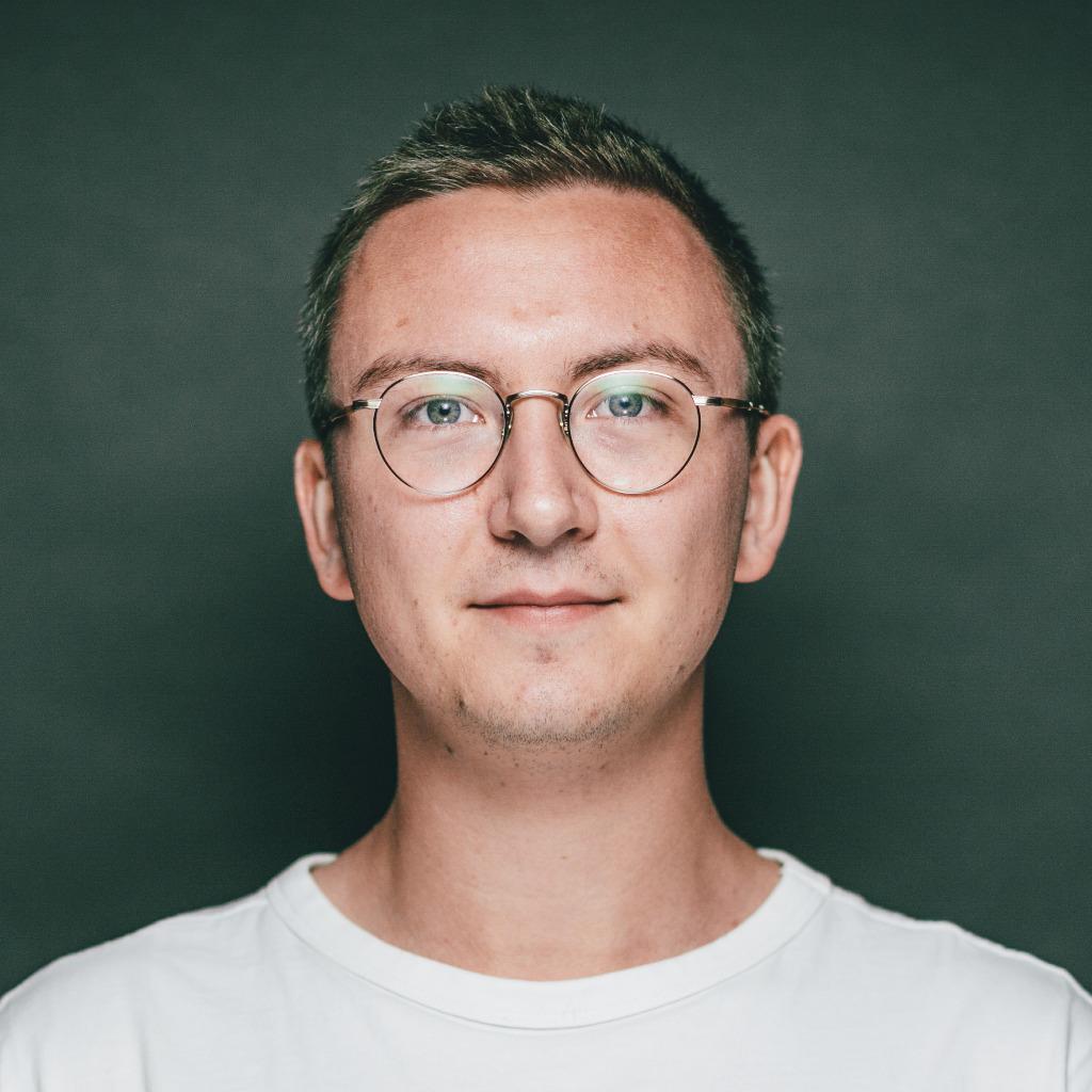 Andreas retzbach junior consultant 19 13 werbeagentur for Junior consultant