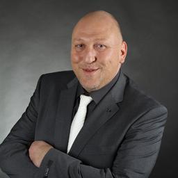 Markus Thumm - MANAGEMENT PLUS X GmbH    -HEALTHCARE INTERIM MANAGEMENT- - Giengen an der Brenz