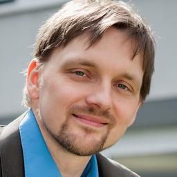 Dr. Oliver Klosa