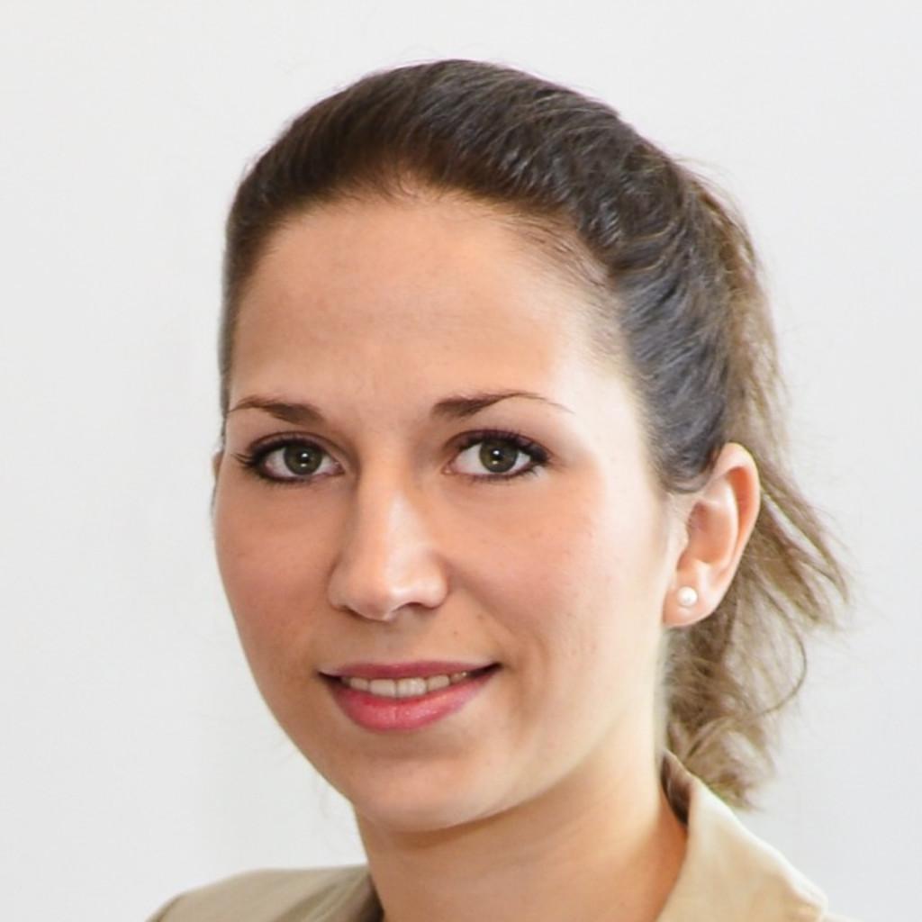 Nicole Galanena Leon's profile picture