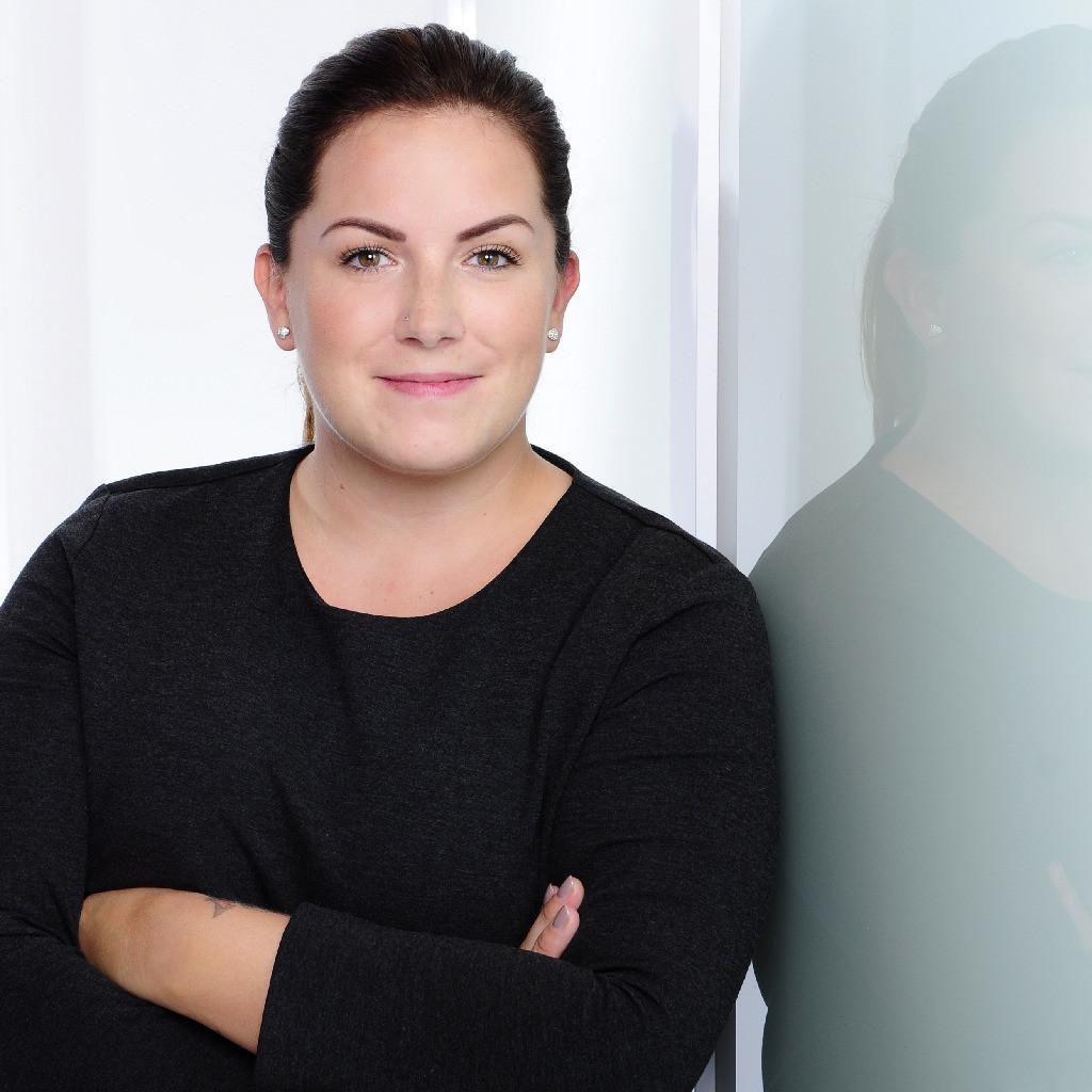 Jennifer Armbruster's profile picture