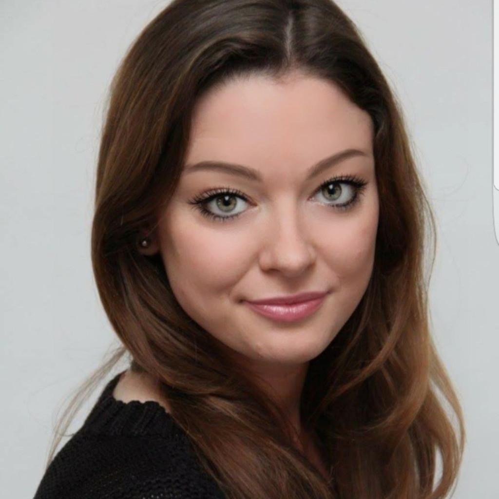 Julia Scherer - Kauffrau für Büromanagement