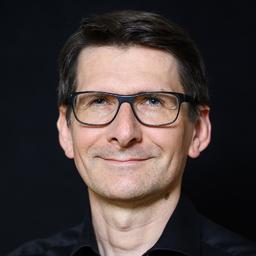 Prof. Ansgar Maria Eidens - Brand Academy - Hochschule für Design und Kommunikation - Hamburg