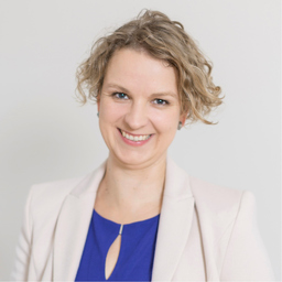Dr. Lohr Christina