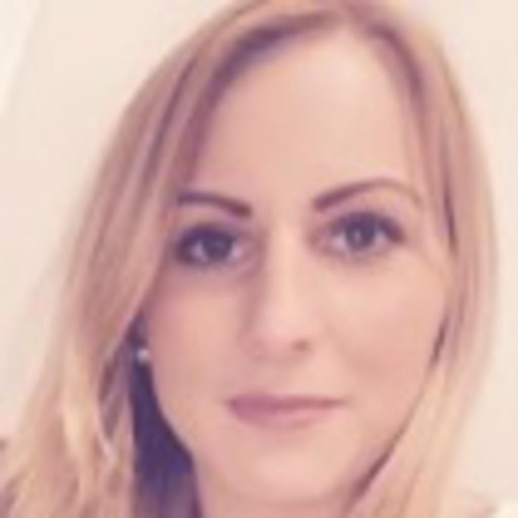 Alina Bottcher Einzelhandelskauffrau Bauhaus Koln Kalk Xing