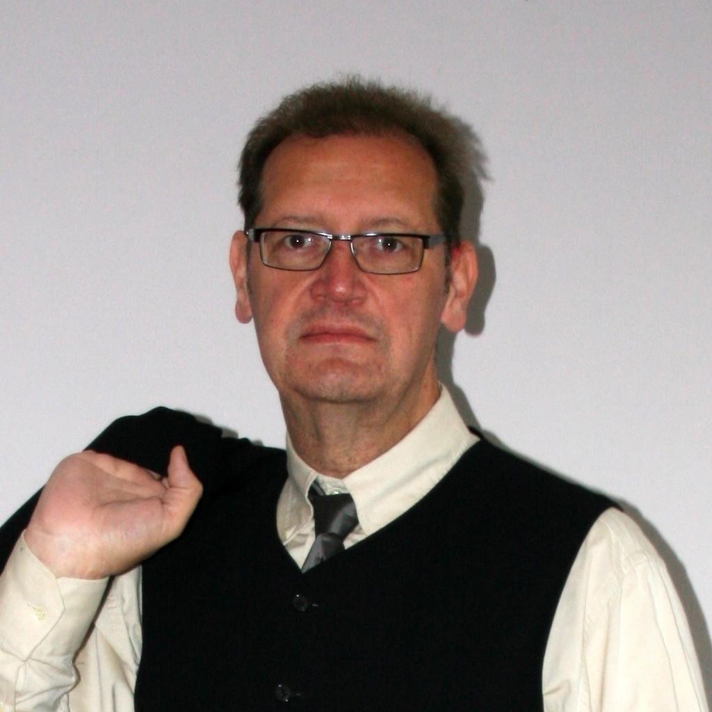 <b>Thomas Becker</b> - Projektmanager - GfTD - Gesellschaft für Telekomunikation ... - thomas-becker-foto.1024x1024