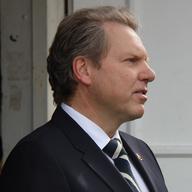 Dr. Rudolf Zinell