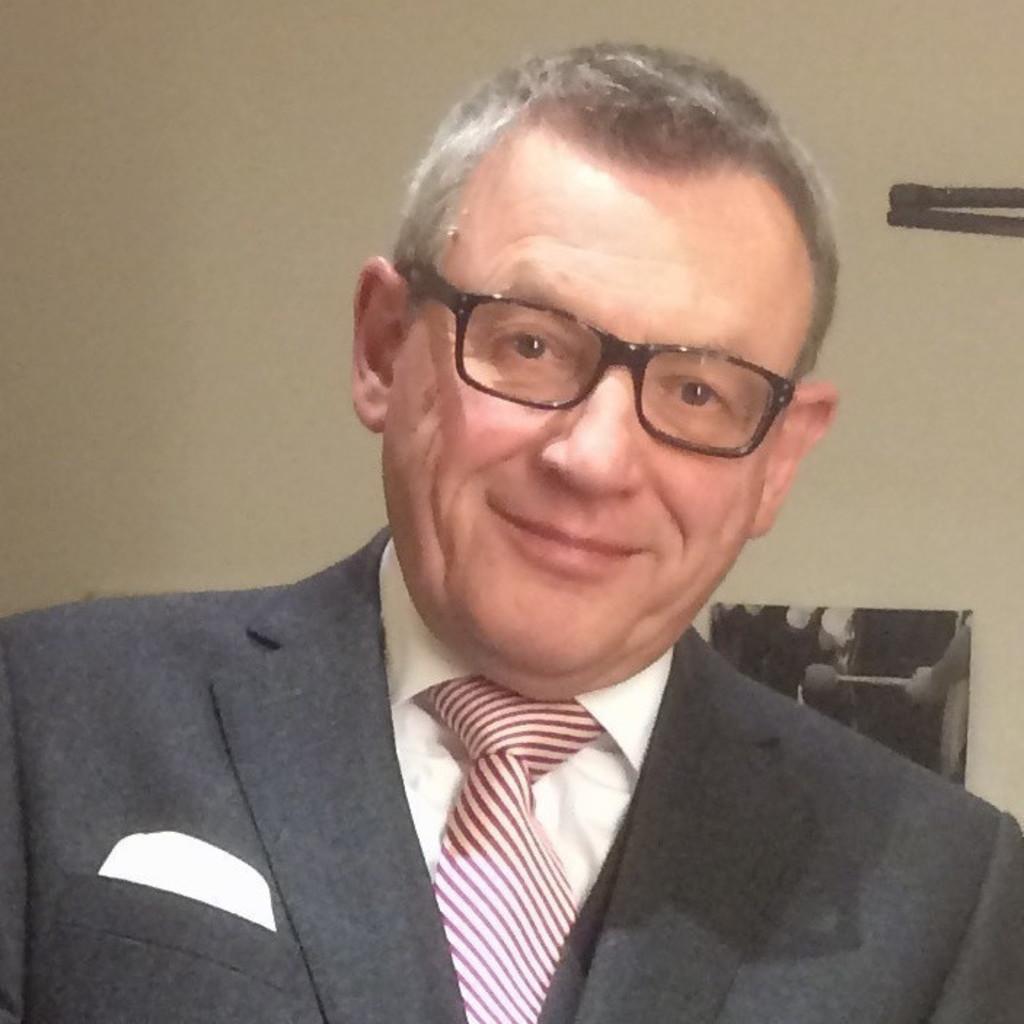 Bernd Eßfeld - Gebietsverkaufsleiter - Getränke Waldhoff | XING