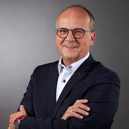 Michael Bidenharn - CASE Cloppenburg Automobil SE - Bielefeld