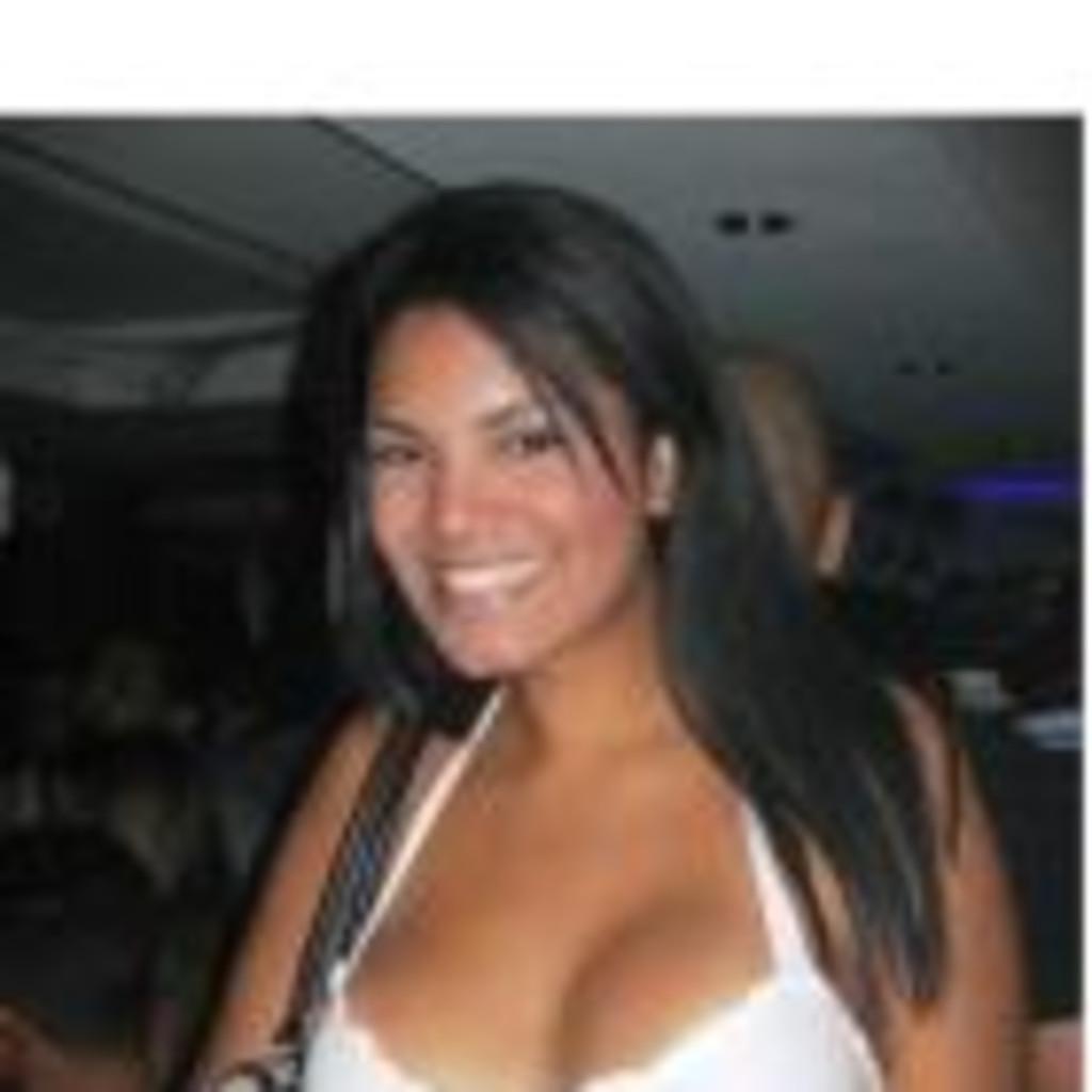 Latin singles latin women dating connection socials