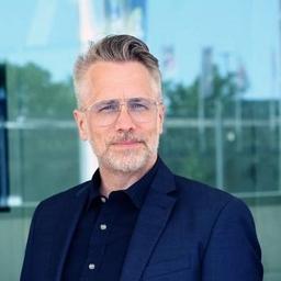 Prof. Dr. Stefan Heinemann - FOM Hochschule für Oekonomie & Management - Essen