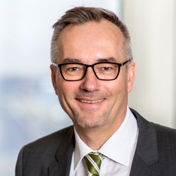Dr. Thomas Gruber