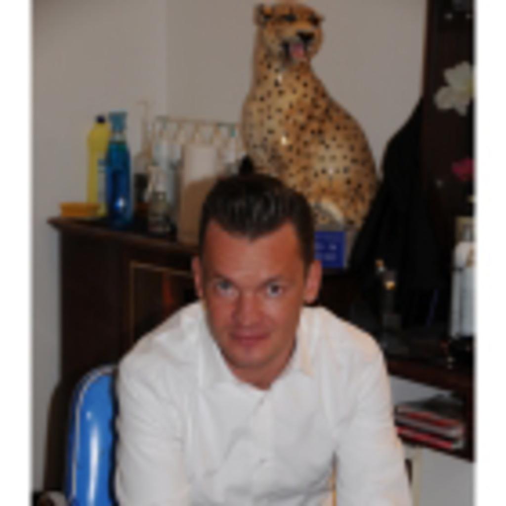 Konstantin Okkel Kucheneinrichter Www Mobiles Kuechenstudio De
