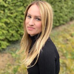 Özlem Sahin's profile picture