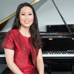 Ava Young - Ava Young Pianistin - Düsseldorf