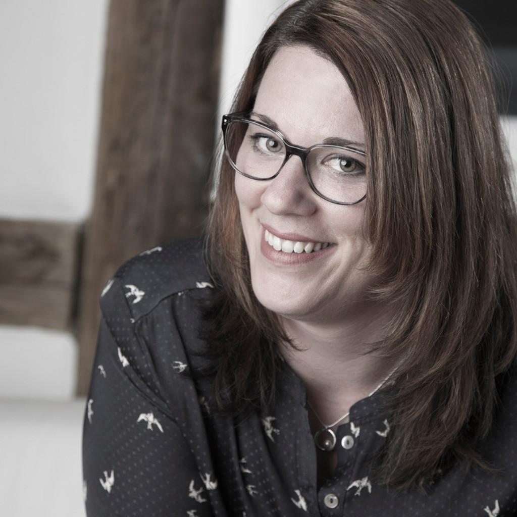 Jasmin Lang Beraterin Kontaktstelle Frau Und Beruf