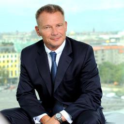 Tibor Frommold - Angermann Real Estate Advisory AG - Berlin