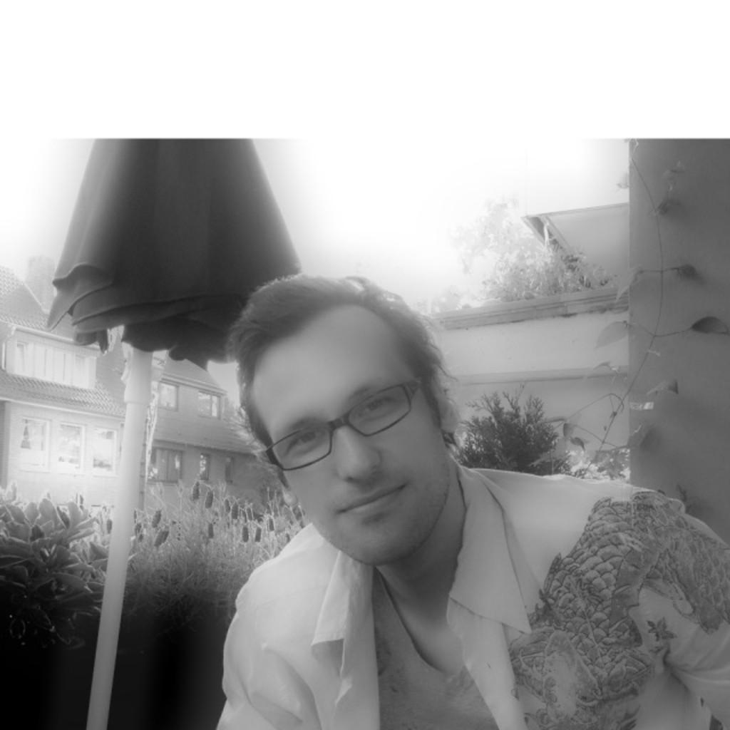 Alexander wnuck gesch ftsf hrer managing director for Mediendesign fernstudium