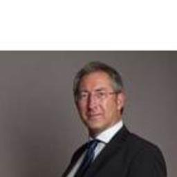 Ingo W. Lux - FAMILY ESTATE Exklusive Immobilien - Krefeld