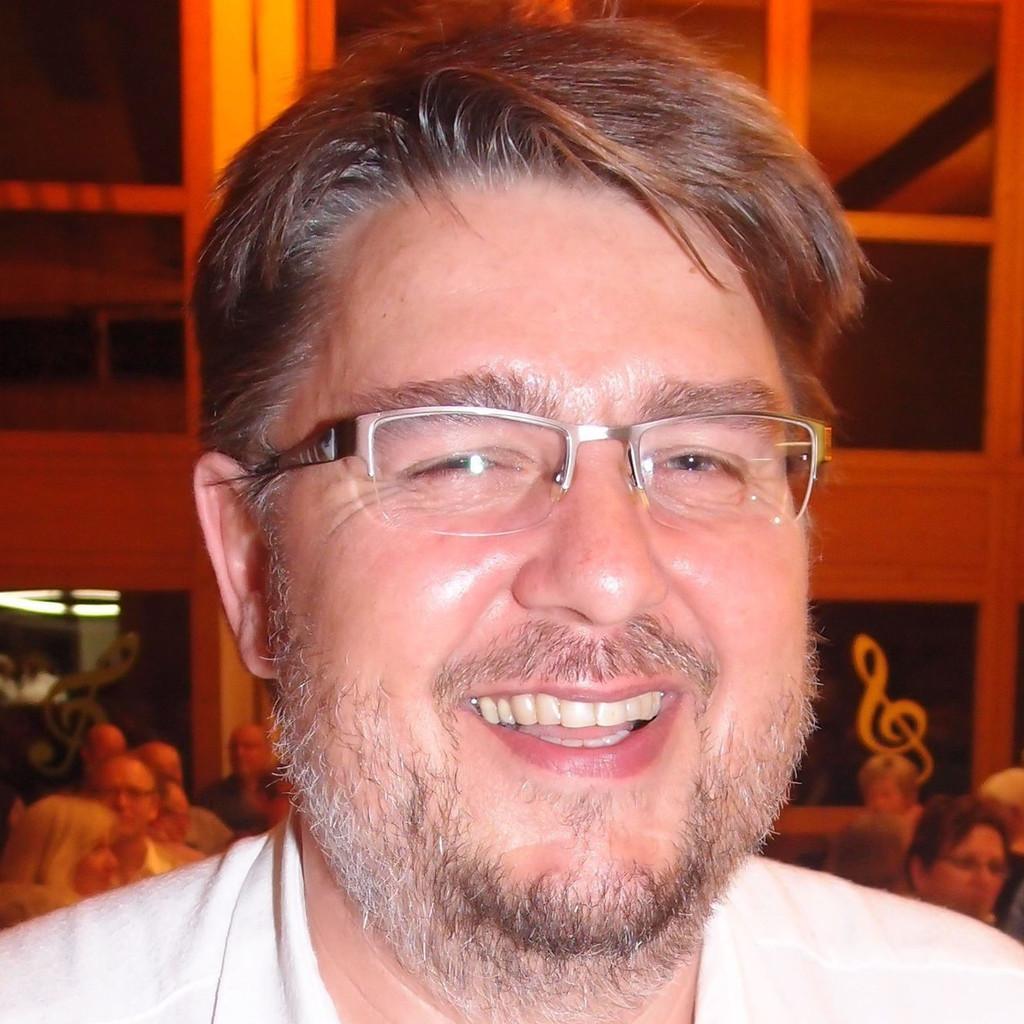 Philipp m ller leiter elektrowerkstatt for Bekannte produktdesigner