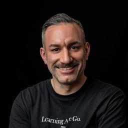 Siamac Alexander Rahnavard - Echte Liebe - Programmatic Marketing Agentur - Köln
