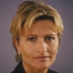 Anna Hanusch - Management Search - Headhunting - Salzburg