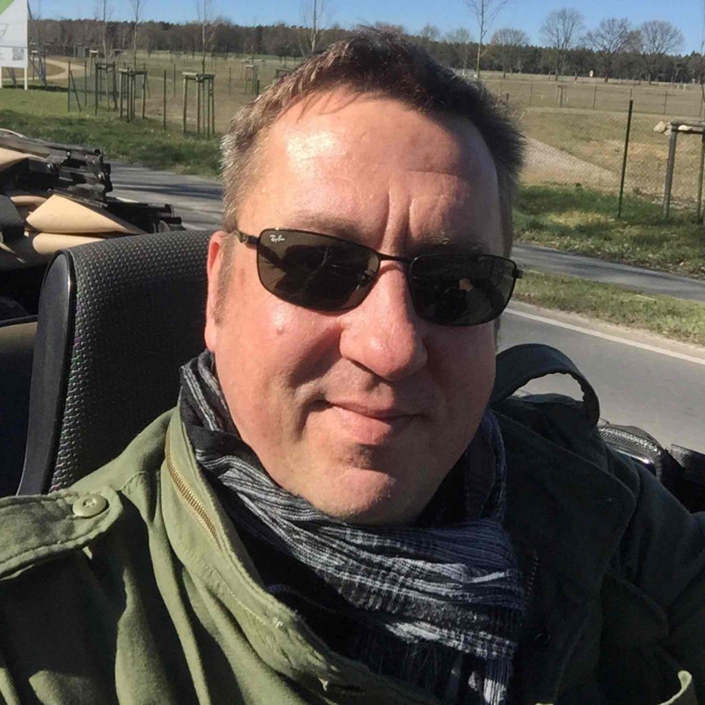 Ricardo Paul Wohndesign Gmbh Lüneburg: Thorsten Niebuhr - Geschäftsführer - Seitenweise