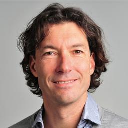 Dr. Tobias Reisbeck