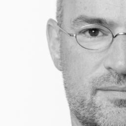 Jochen Tratz - sichtbereich kommunikationsdesign | FRANKFURTER FUENF - Würzburg