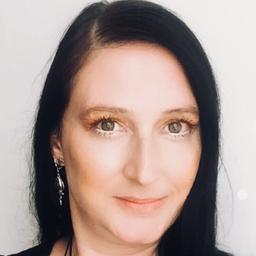 Sarah Wolf - Fachkraft für Gefahrstoff- und