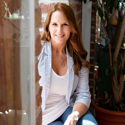 Michaela-Christina Moser