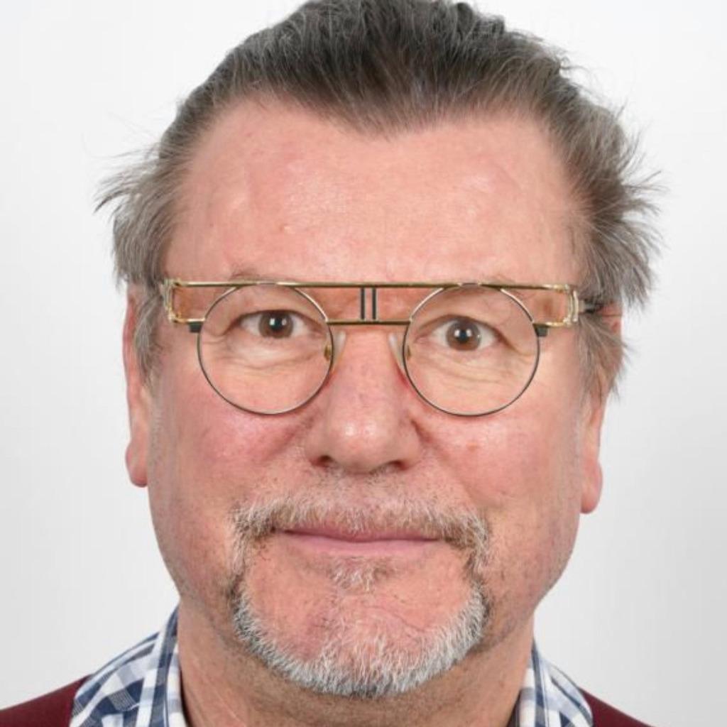 Jorg Niemann Geschaftsfuhrer Haus Der Kuche Xing
